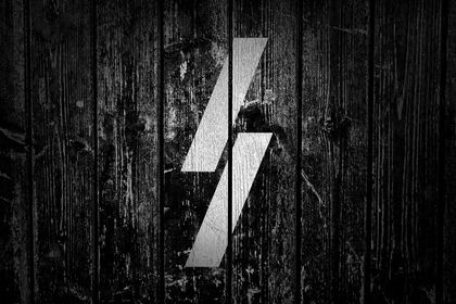 "Logo ""Lightning Studio"""