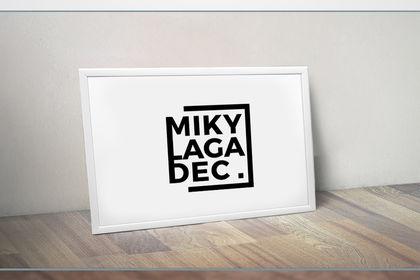 IDENTITE - Miky Make Up