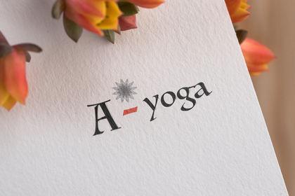 Logo Studio de Yoga