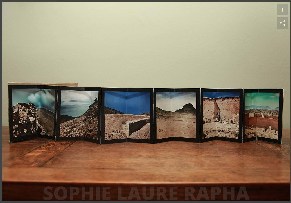 Livre d'artiste mêlant système de papier et photo