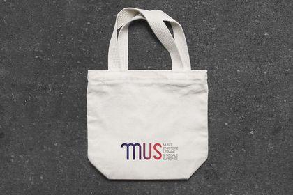 MUS- Musée, réalisation identité visuelle