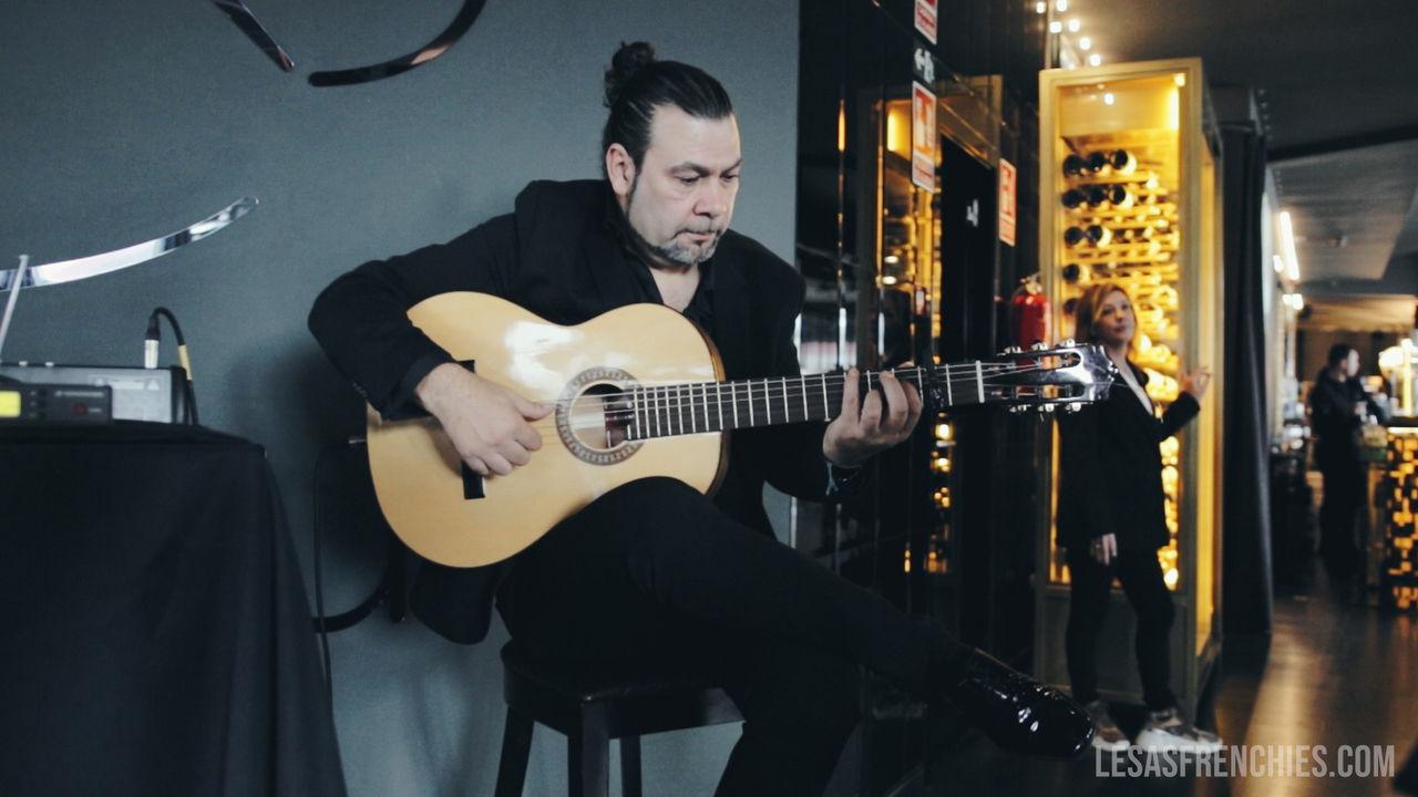 Guitariste lors d'un événement à Madrid