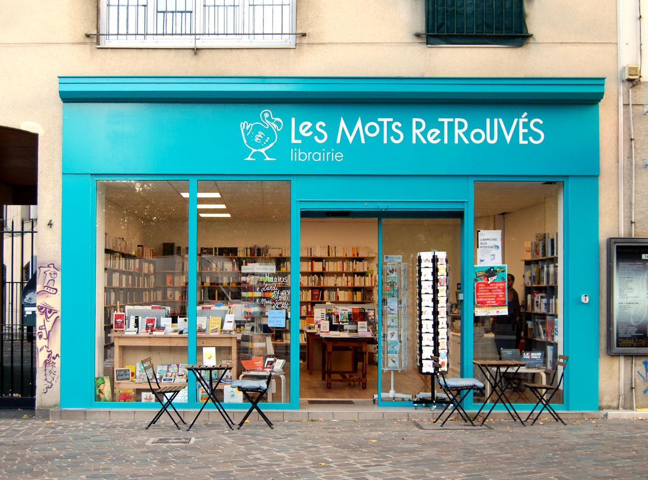 Façade de librairie et logo