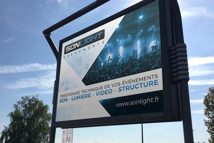 Panneau publicitaire 4x3 - Sonlight évènements