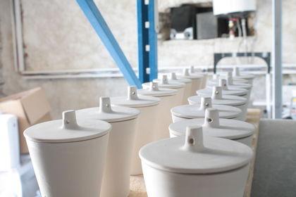 Moutardier en céramique - production