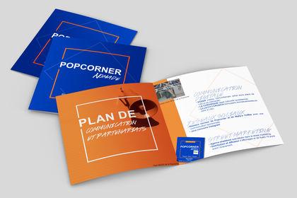 Brochure pop corner