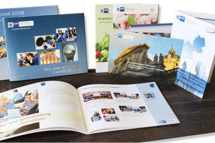 Flyers / brochures / invitations