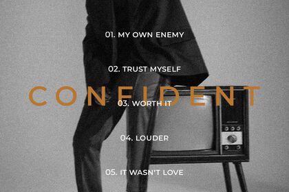 Derrière album - Yoo Kihyun - Confident