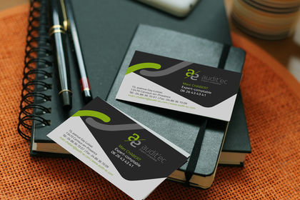 Création de logo et cartes de visite